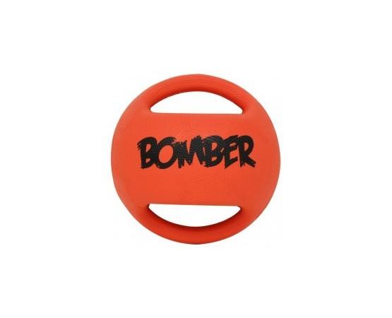 Fabricado con caucho natural, Bomber cuenta con una capa de poliéter reforzado para mantener la forma de la bola y de la estruc