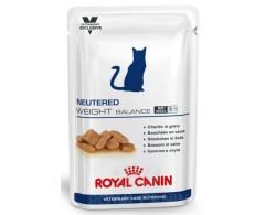 -Alimento completo para gatos esterilizados con tendencia al sobrepeso.